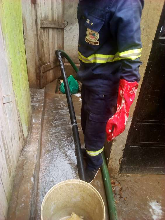 Cesspool emptying/septic tank emptying services